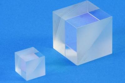 b2ap3_thumbnail_beamsplitter-cube